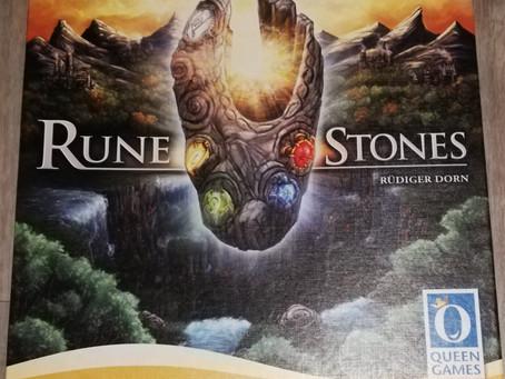 Ersteindrücke: Rune Stones und Tajuto