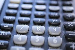 calculator-4607653_640.jpg