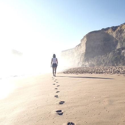 Footprints%2520on%2520sand%2520beach_edited_edited.jpg