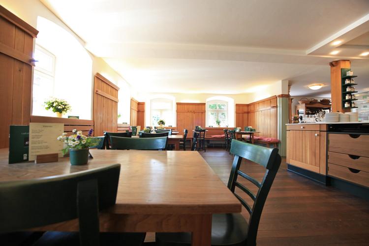 Café in der ehemaligen Klosterherberg