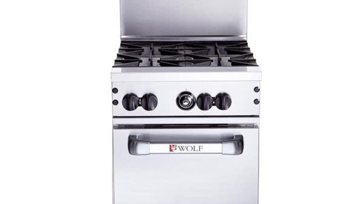 Wolf C24S-4BN Challenger XL Series 4 Burner with Oven