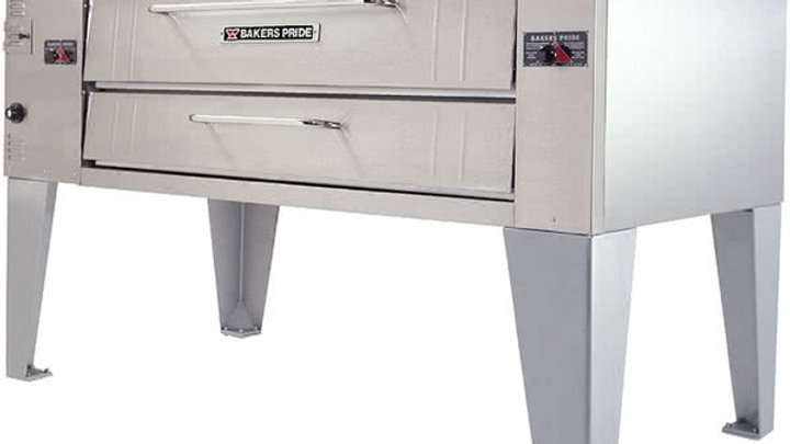 Bakers Pride Y-600 Pizza Oven with 40 lb Deep Fryer