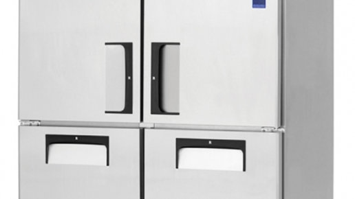 Everest Refrigeration ESR2D4 two-section Reach-In Refrigerator