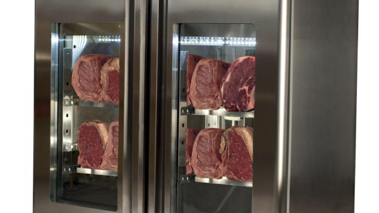 MATURMEAT® 60 KG DRY AGING CABINET WITH CLIMATOUCH® AND FUMOTIC®