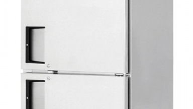 Everest Refrigeration ESRFH2 one-section Reach-In Refrigerator/Freezer Combo