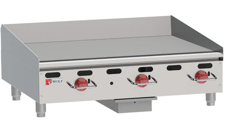 Wolf AGM36 Heavy-Duty Gas Countertop Griddle with Manual Controls - 81,000 BTU