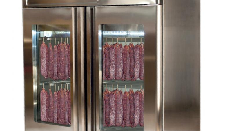 STAGIONELLOEVO® 60 KG CURING CABINET WITH CLIMATOUCH® AND FUMOTIC®