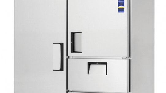 Everest Refrigeration ESWQ2D2 two-section Reach-In Refrigerator/Freezer Combo