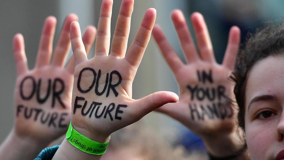 d_ov_doc_activist_generation_201026.jpg