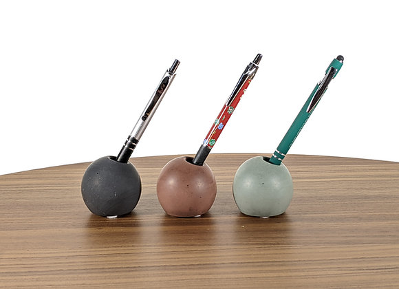 Sphere concrete pen holders
