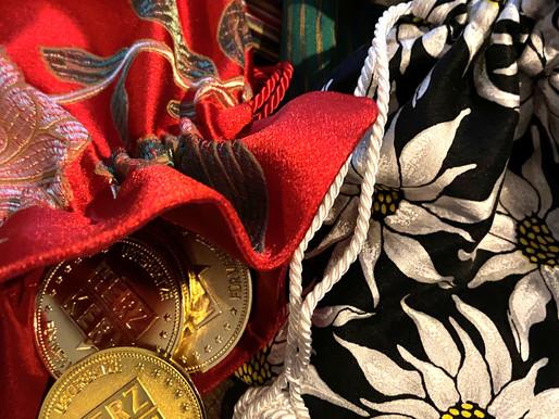Geschenkidee - Seidenbeutel gefüllt mit Ustergold