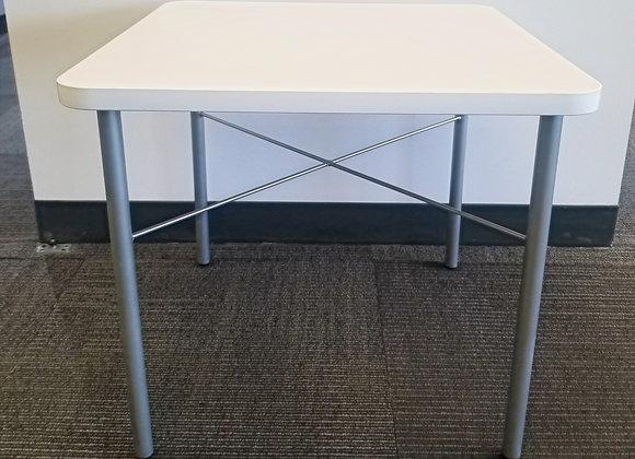 """Spec """"Dani"""" Side Table"""