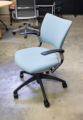 """SitOnIt """"Relay"""" Light Task Chair"""
