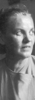 אמא יהודית (סופיה) בגיל חמישים