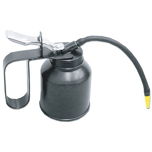 OIL CAN - 1/2 PT WITH FLEXIBLE NOZZLE