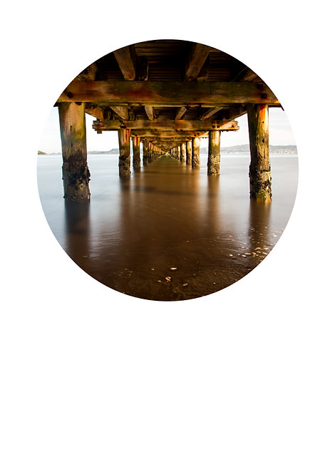 Under the wharf circle