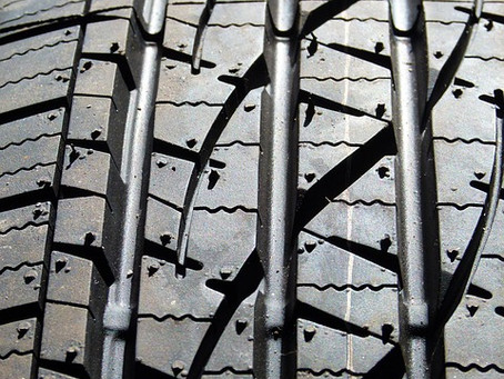 Signs your truck tyres need servicing or replacing