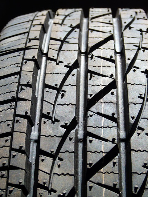 How often should I replace my truck tyres?   Double D Tyreright