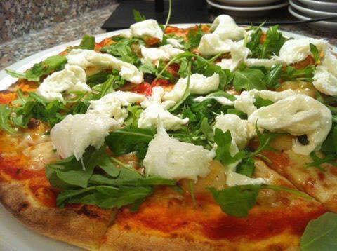 Pizze speciali alla pizzeria paradise brescia