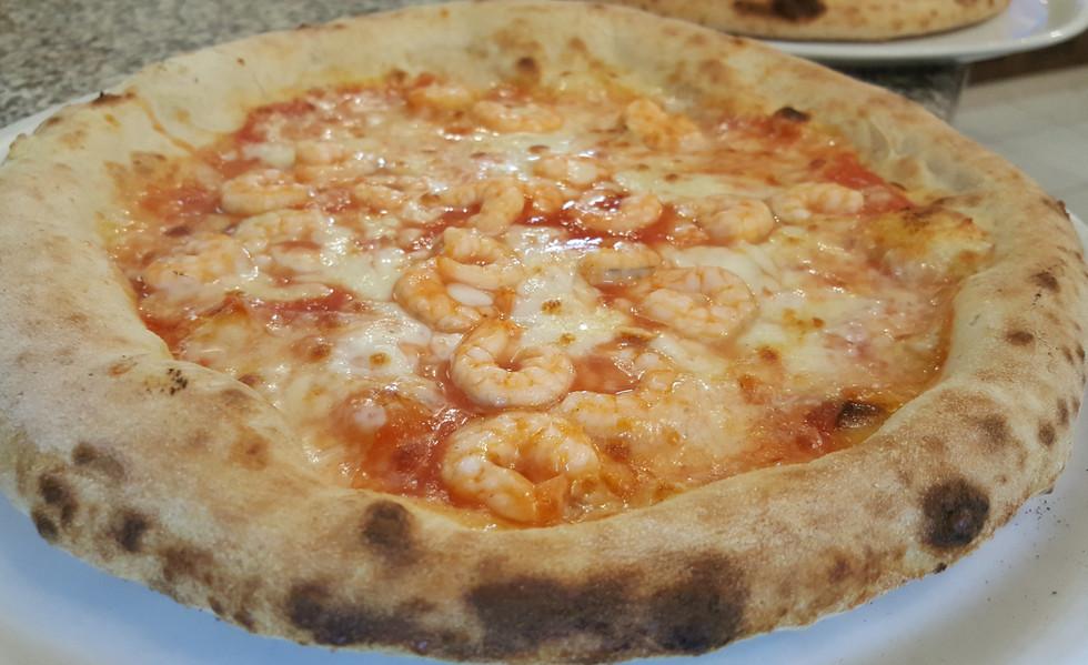Pizze con pesce alla pizzeria paradise brescia