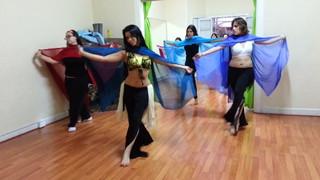 Mágica Danza Árabe con Velo