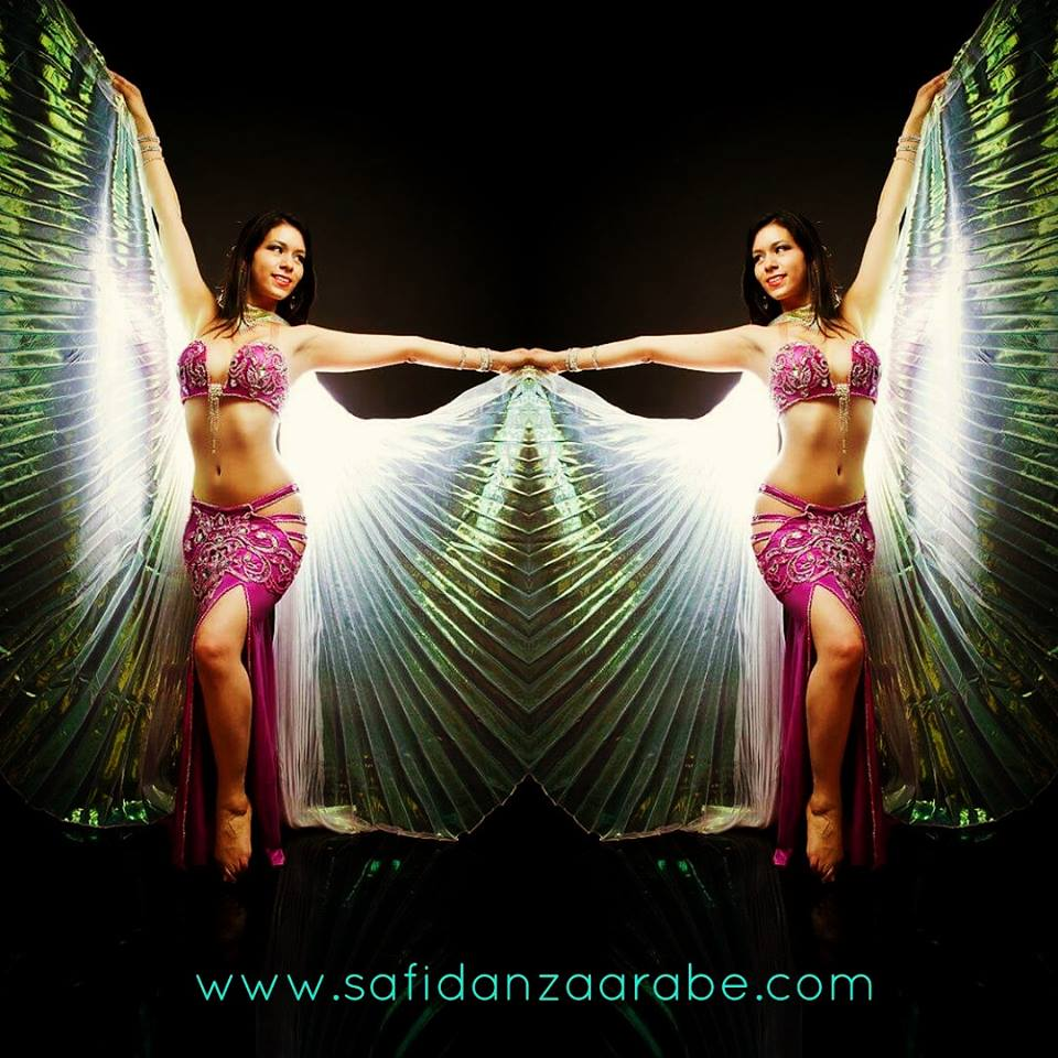 Danza con Alas de Isis (Wings)