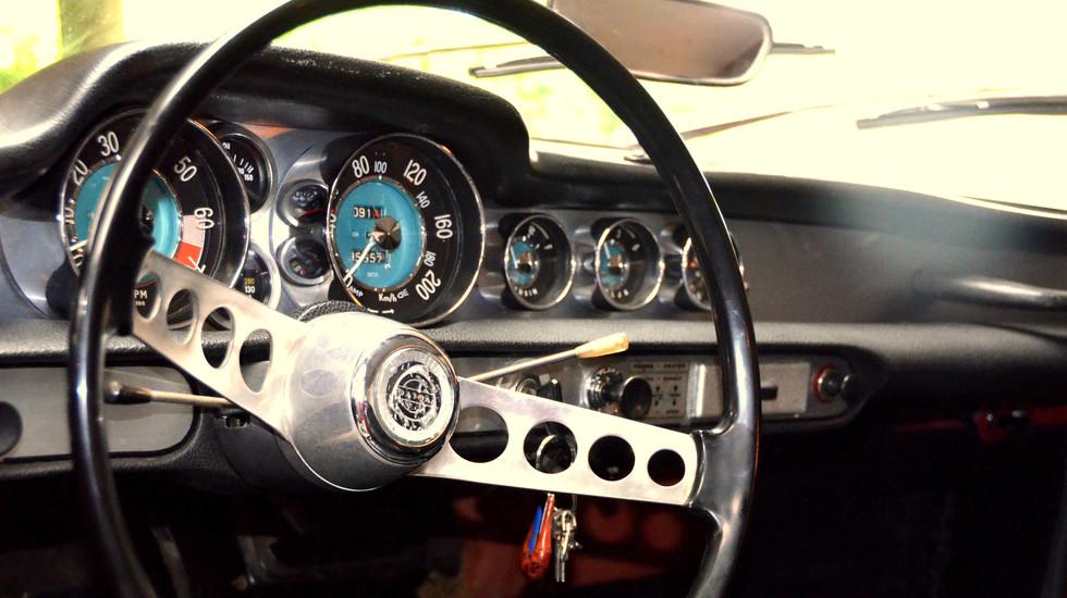 Volvo P1800 à la location