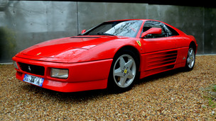 Soins avant vente d'une Ferrari 348