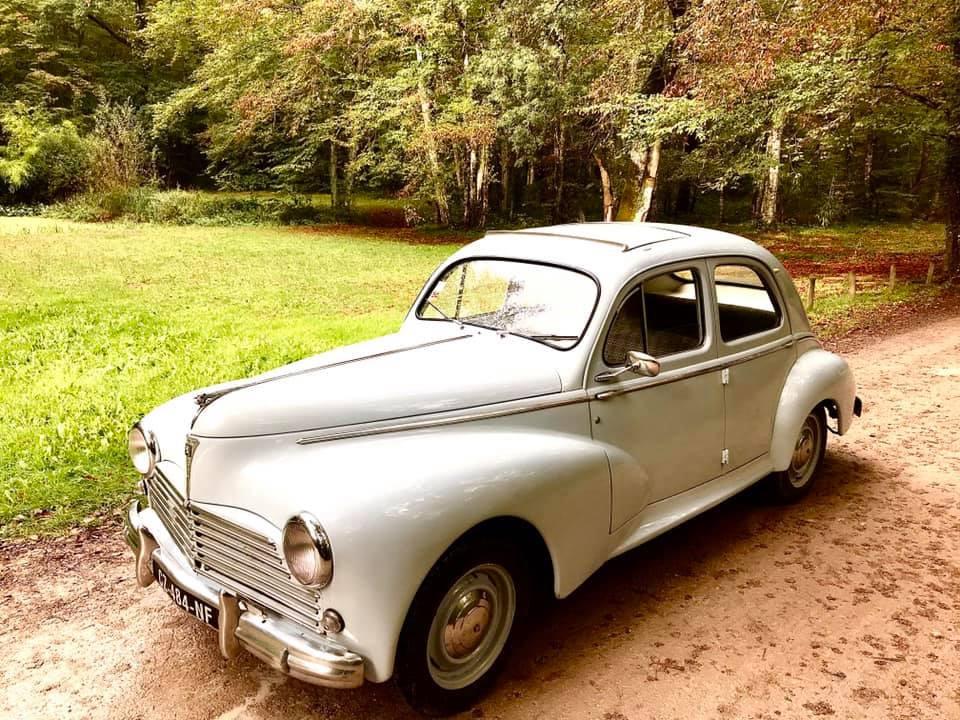 Peugeot 203 à la location
