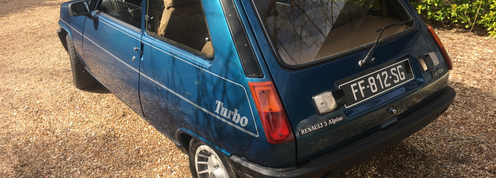 Renault 5 Alpine Turbo à la location