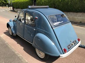 Louer une Citroën 2 CV, 1963