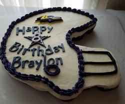 B_Football Cupcake Cake