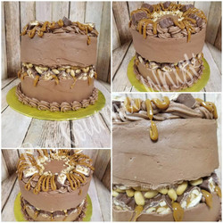 SNICKERS FAULT LINE BIRTHDAY CAKE