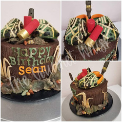 HUNTING BIRTHDAY CAKE 001