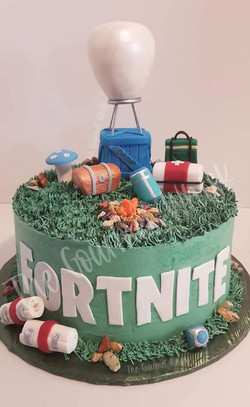 FORTNITE BIRTHDAY CAKE