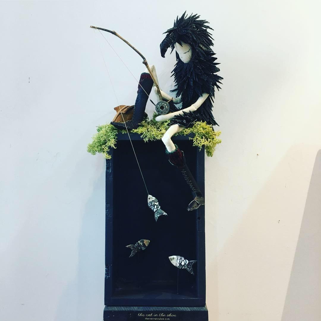 crow fishing box