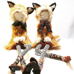 two foxes 2018