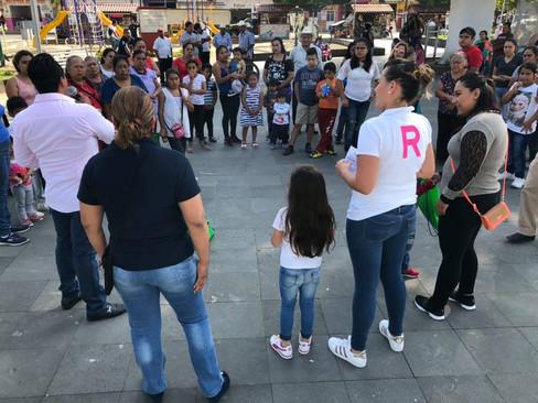 """Día Internacional de la Eliminación de la Violencia Contra la Mujer, tuvimos la oportunidad de entregar 350 Silbatos del Programa """"Seguridad Para Todos """" en Compañía de la Licenciada Carolina Herrera Espejo de World Visión México."""