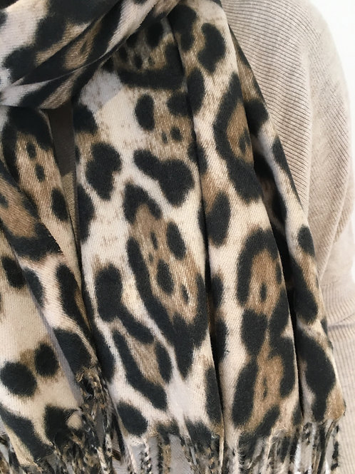Soft leopard scarf