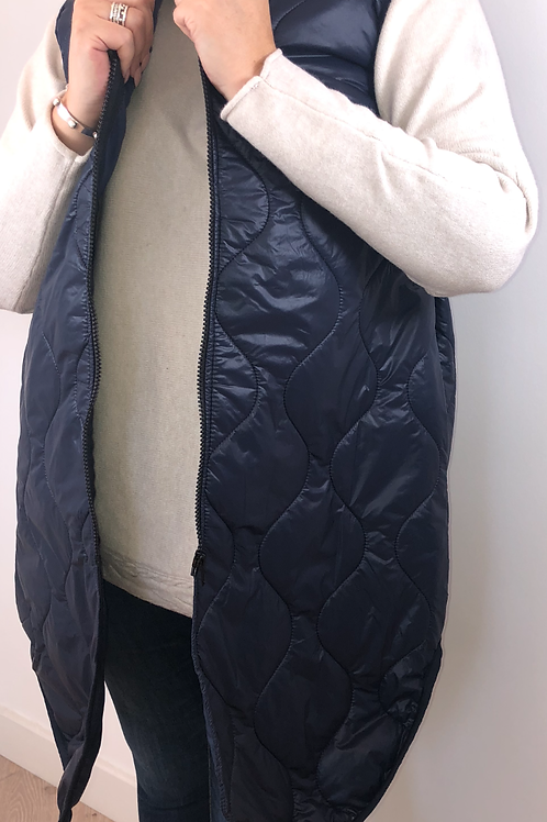 Navy quilted gillet