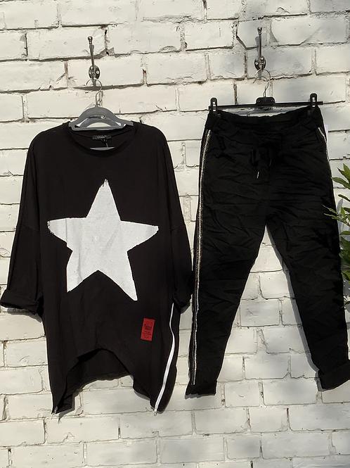 Black paint star sweatshirt