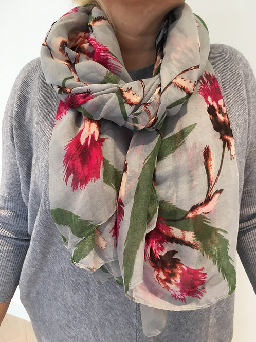 Grey thistle scarf