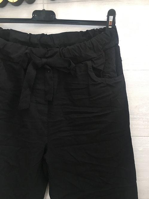 Black magic stretch pants