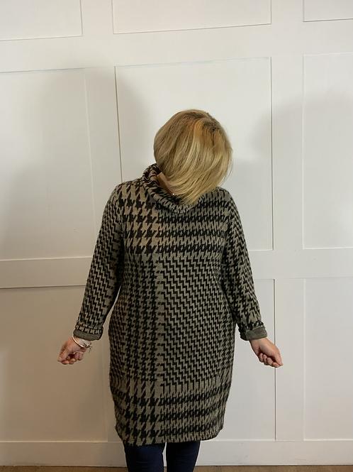 Taupe/black soft jumper dress