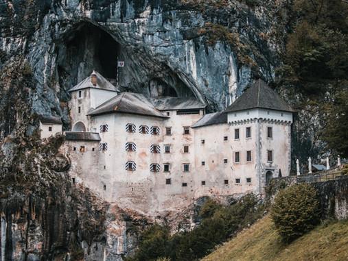 Predjama - Le château-grotte du Moyen Âge