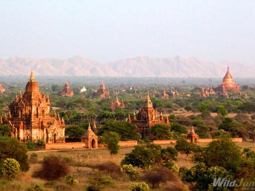 Bagan -  La vallée aux 2 000 monuments bouddhistes