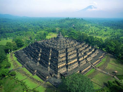 Le temple de Borobudur - Le plus grand monument bouddhiste au monde