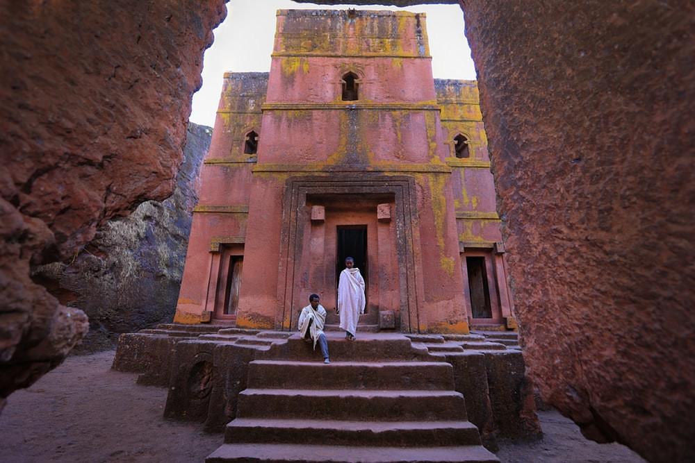 Lalibela est une cité monastique située en Éthiopie à quelque 500 kilomètres de la capitale Addis-Abeba.