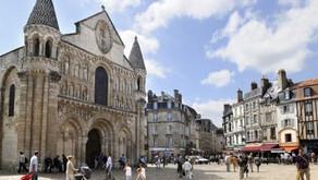 L'évolution urbaine de Poitiers depuis  2000 ans