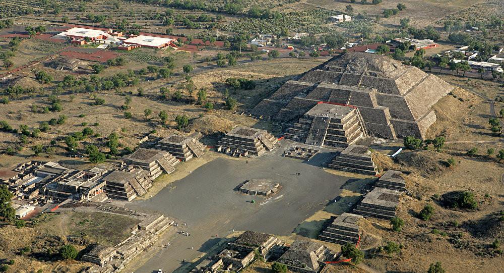 Le site archéologique Teotihuacan, l'un des plus visités du Mexique, est situé à quelques cinquante kilomètres de Mexico.